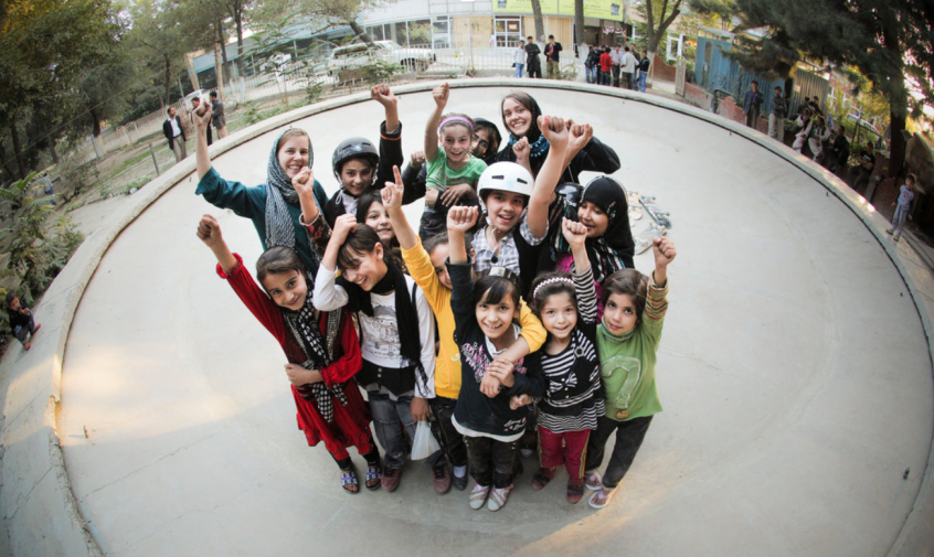 Volunteers and Skateistan students in Mekroyan Kabul 2010