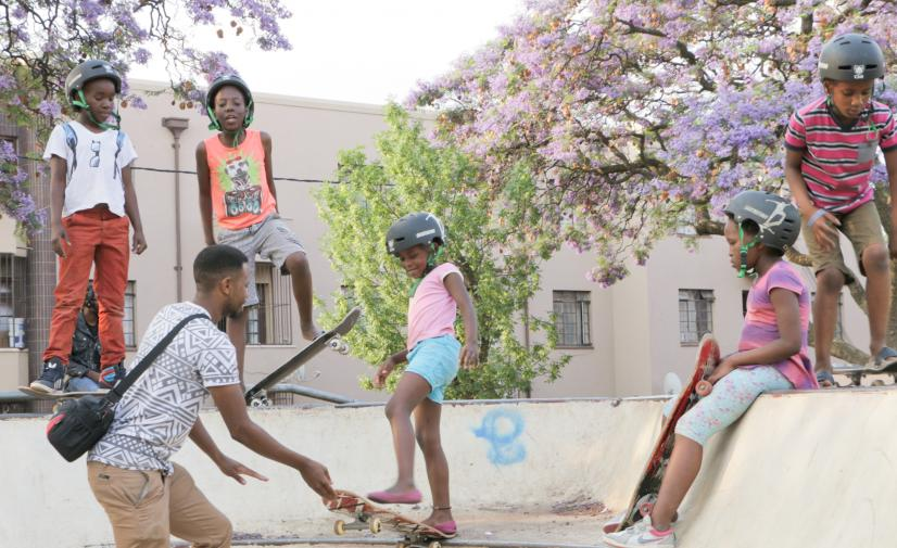 Teaching skateboarding Joburg Skateistan South Africa