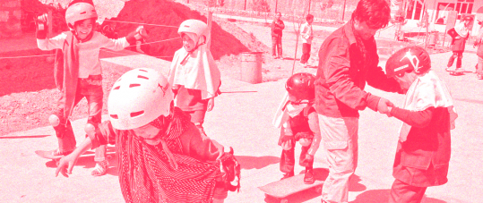 Quiz header: Girls' outreach skateboard session in Afghanistan (Credit: Skateistan)